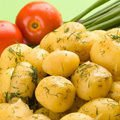 Boiled Potatoes with Garlic and Dill