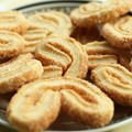 Teardrop Cookies with Cinnamon