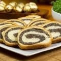 Yeast Desserts - Easter Roll