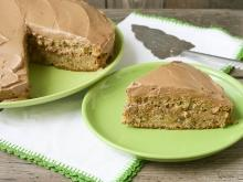 Walnut-Apple Cake without Eggs