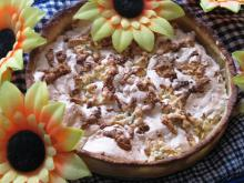 Apple Pirog with Egg White Cream
