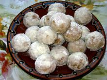 Armenian Cookies with Walnuts and Turkish Delight