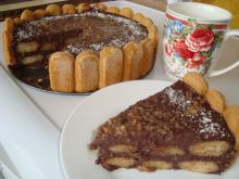 Biscotti Cake with Cream Pudding