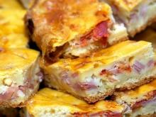Pyhllo Pastry Pie with Ham and Cheese