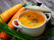 Cream Soup with Carrots and Champagne