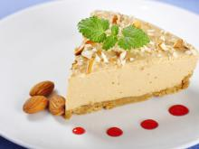 Cheesecake with Almonds and Baileys
