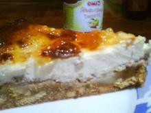 Cheesecake with Walnuts, Apple and Cinnamon Jam