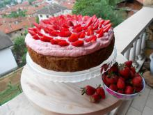Cherry Cake with Strawberry Cream