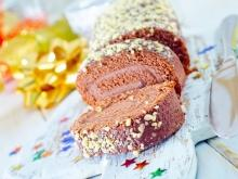 Holiday Chocolate Roll