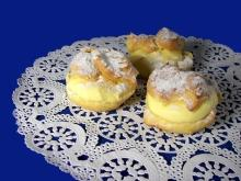 Eclairs with Mascarpone Cream