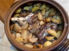Shank with Potatoes in a Clay Pot