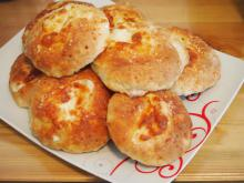 Simple Feta Cheese Buns