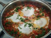 Poached Eggs with Tomatoes and Peppers