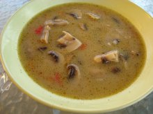 The Tastiest Mushroom Soup with Garlic