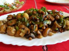 Mushroom Ragout with Green Onions