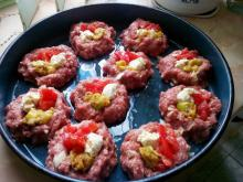 Mince Nests with Processed Cheese, Zucchini and Tomatoes