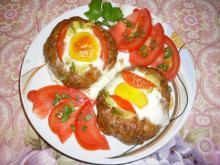 Mince Nests with Zucchini and Eggs