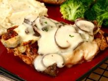 Chicken with Mushrooms and Pineapple