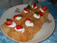 Kadaif with Cream and Strawberries