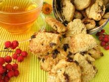 Cookies with Coconut and Dried Fruit