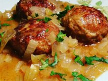 Meatballs with Exquisite Onion Sauce