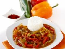 Pepper Stew with Eggplants