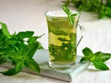Refreshing Drinks with Mint