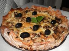 Crunchy Mushroom Pie with Olives in 15 Minutes