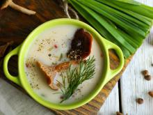 Mushroom Soup with Garlic