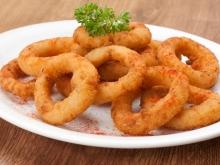 Onion Rings with Basil