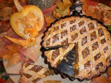 Pumpkin Pie with Walnuts
