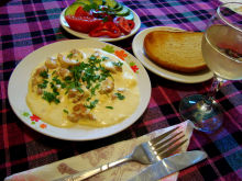 Chicken with Processed Cheese and Cream