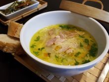 Chicken Soup without Thickening Agent