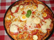 Vegetarian Pizza with Tomatoes and Peppers