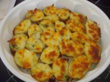 Fresh Potatoes with Cheese, Dill and Garlic
