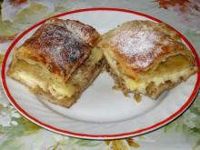 Apple Cake with Pudding