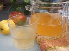 Aromatic Homemade Apple Cider Vinegar