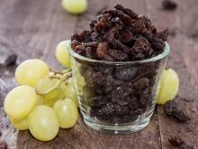 Eating Raisins 3 Times a Week Lowers Blood Pressure
