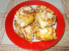 Phyllo Pastry Roses with Feta Cheese and Cheese