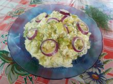 Salad with Potatoes, Zucchini and Red Onions
