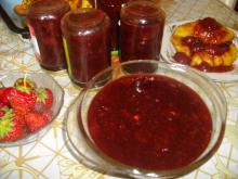 Grandma`s Strawberry Jam