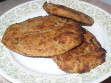 Crunchy Schnitzels with Potatoes and Mince in the Oven