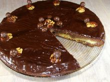 Syrupy Cake with Chocolate Glaze