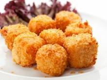 Crumbled Cheese Bites