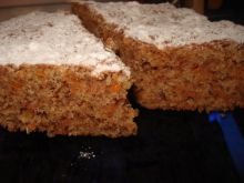 Tasty Cake with Pumpkin and Walnuts