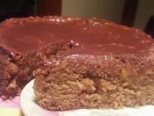 Fantastic and Juicy Cake with Apples