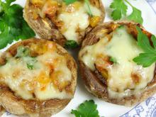 Mushrooms Stuffed with Ham