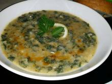 Nettle Soup with Rice and Green Onions