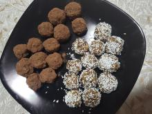 Raw Bonbons with Dates