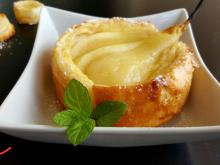 Tartlets with Pears and Cream
